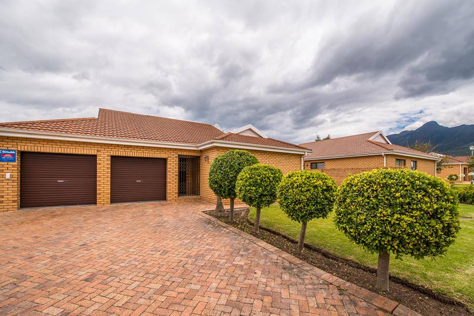 3 Bedroom George Villa Garden Route Holiday Accommodation