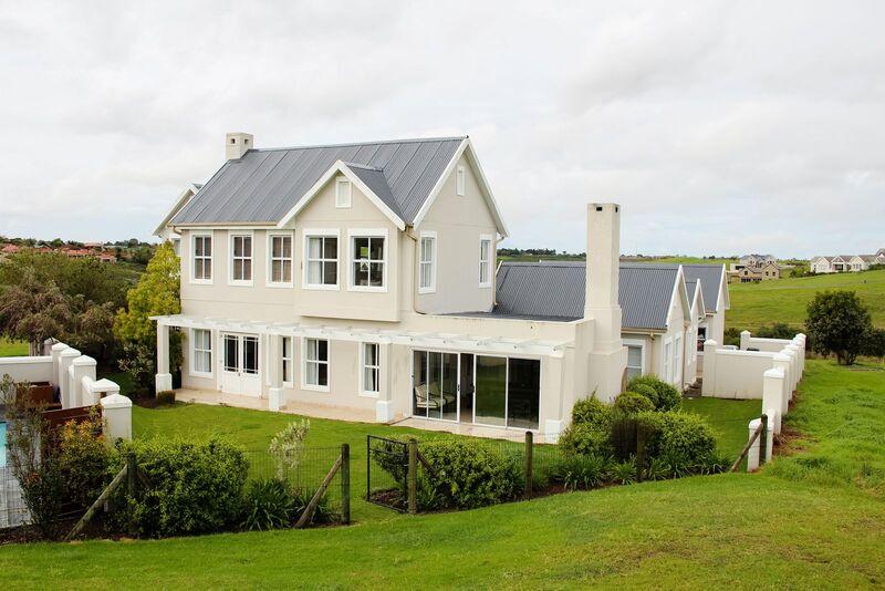 4 Bedroom Luxury Villa In George Garden Route Holiday