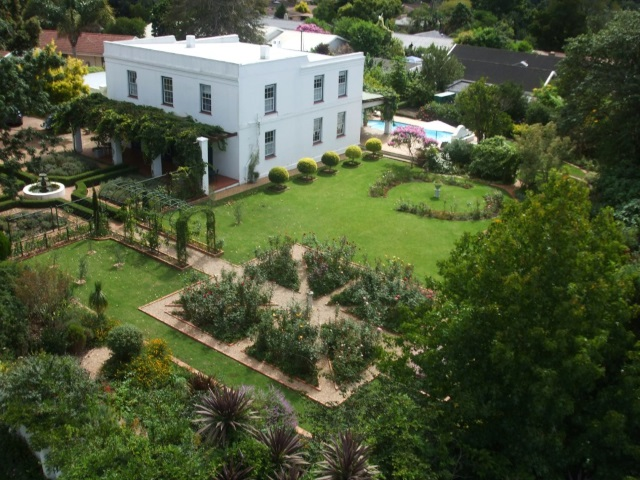 5 Bed Guesthouse George Garden Route Holiday Accommodation